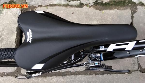 xe dap giant atx700-15