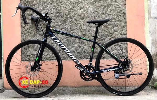 XE DAP DUA CALIFONIA R570 2021 1