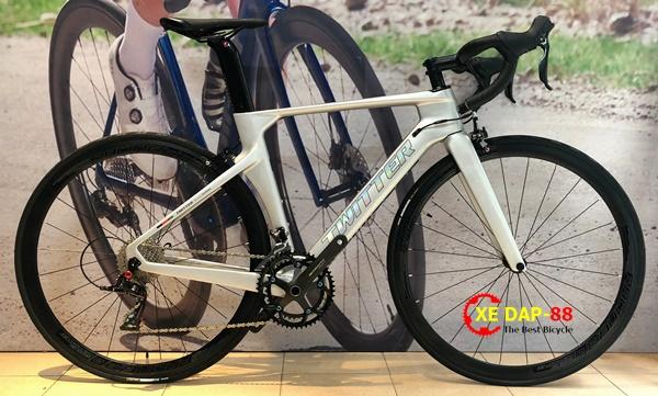 XE DAP TWITTER R10 RS22 1